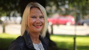 En bild av Mervi Hollmén som är marknadsföringsdirektör på Visitfinland