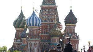 Rysslands president Vladimir Putin håller tal under Segerdagen den 9 maj 2016.