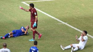 Suarez, Chiellini bitincident VM 2014