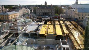 Bygget av parkeringshallen i Jakobstad