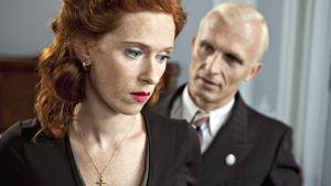 Hortense Larcher (Audrey Fleurot) ja Heinrich Müller (Richard Sammel)