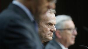 Nederländernas premiärminister Mark Rutte, Europeiska rådets ordförande Donald Tusk och EU-kommissionens ordförande Jean-Claude Juncker.