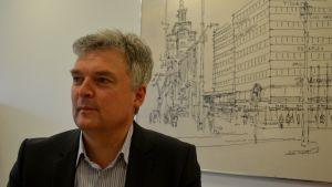 Christoffer von Schantz har förmedlat bostäder i över 20 år.
