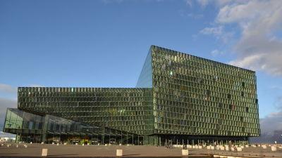 Minister hoppas pa nordiskt forsvarssamarbete