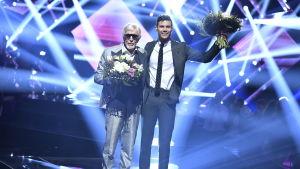 Owe Thörnqvist och Robin Bengtsson tog sig vidare i Melodifestivalens tredje deltävling i Växjö den 18 februari 2017.