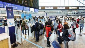 Strejk bröt ut på Helsingfors-Vanda flygplats på fredag eftermiddag 3.2.2017