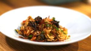 risotto gjord på mjölmask och syrsor