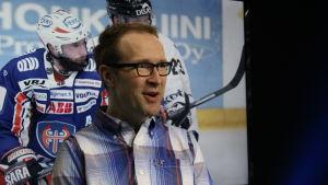 Chriso Vuojärvi ständig gäst i Sporthörnan.