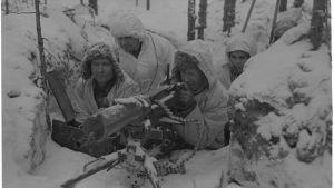 21.2.1940 KK-pesäke 100m ryssistä n. 5 km Lemetistä pohjoiseen Laatokan Karjalassa