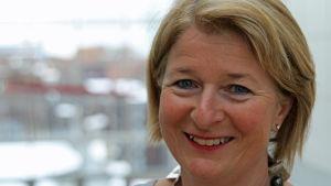 Rektor Anne Husebekk vid universitetet i Tromsö.