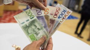 Sverige fick nya sedlar