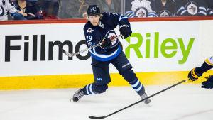Patrik Laines debutsäsong i NHL belönas med en nominering till Calder Trophy.