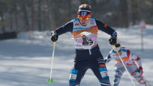 Salla Koskela i farten under skidorienterings-VM i Krasnojarsk 2017.