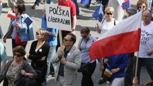 Demonstration mot regeringen i Warszawa i maj 2016