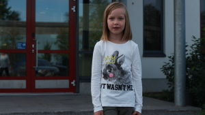 Alina är redo att börja sin första skoldag vid Solf skola