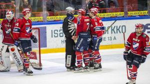 HIFK tyckte domarna var kassa.