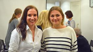 Anni Kultanen och Annica Sandell ska börja hjälpa äldre personer som känner sig ensamma.
