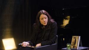 Helen Macdonald Helsinki Lit -kirjallisuustapahtumassa 2016