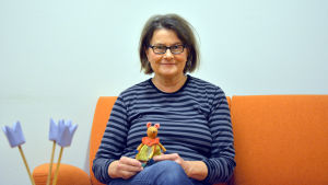 Ledande psykolog Pi Sundell vid familjerådgivningen i Vasa