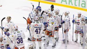 Tappara firar efter erövrad semifinalplats, HIFK-Tappara, 30.3.2015.