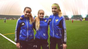 Ella Björklund, Edda Finnila Broman och Nellie Peltonen från Vasa Ifk
