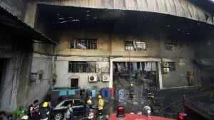 Fabriksbrand i Manila.