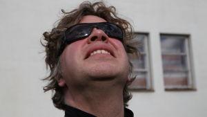 Sam Huber i solljuset.