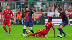 Barcelona mot Bayern i semifinal - bilden från motsvarande möte i april 2013.
