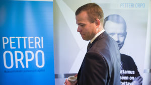 Petteri Orpo då han öppnar sin kampanj för att bli Samlingspartiets ordförand
