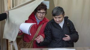 Bulgariska väljare har ett linjeval mellan EU och Ryssland framför sig