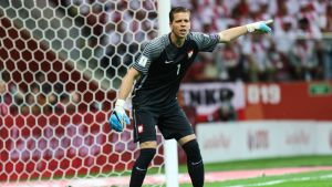 Wojciech Szczesny står i målet