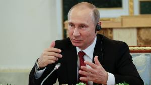 Vladimir Putin höll presskonferens vid Sankt Petersburgs internationella ekonomiska forum 1.6.2017.