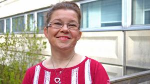 Stina Kuhlefelt är koordinator för IceHearts svenskspråkiga verksamhet.