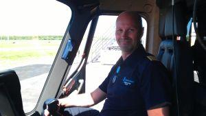 Helikopterpilot Johan Ledin