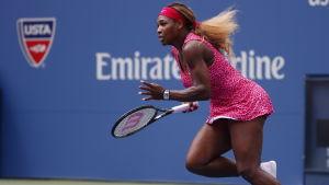 Serena Williams spelar åttondelsfinal i US Open 2014