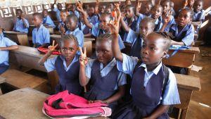 Liberianska barn i skolan