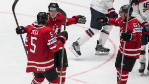 USA - Kanada i VM 2016. Brendan Gallagher, CAN #11 Cody Ceci, CAN #5 Brad Marchand, CAN #63