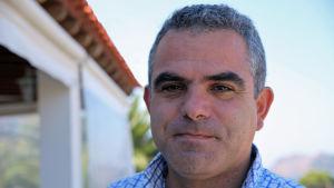 Hotellägaren Dimitrios Drekolias på hotell Clara nära byn Petra på Lesbos.