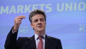 EU:s finansmarknadskommissionär lanserar kapitalmarknadsunionen