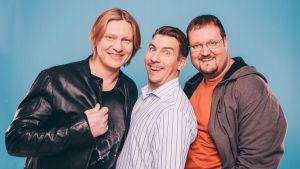 Luokkakokous-elokuvan päätähdet Jaajo Linnanmaa, Akuhirviniemi ja Sami Hedberg.