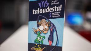 "Christer Lindholms bok ""Viis taloudesta"""
