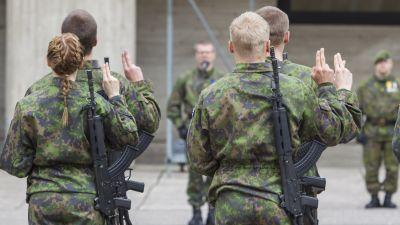 Het linje mellan svensk och rysk militar