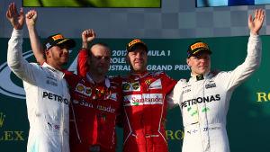 Hamilton, Vettel och Bottas på prispallen.
