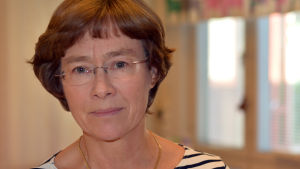 Porträttbild av hälsovårdare Regina Bergström i Ingå.