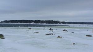 Bilden tagen norrut från Fjärdskär i Korsholm.