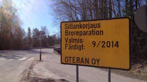 Pentby bro på väg 111 (Västra omfartsvägen) i Billnäs som ska repareras sommaren 2014.