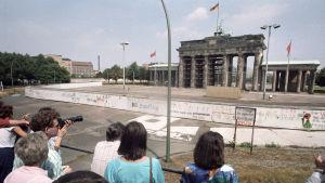 Utsiktsplatform framför Brandenburger Tor