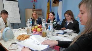Personalmöte på skyddshemmet Ariadna i Drochia i Moldavien.