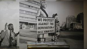 Utställning om apartheid i Sydafrika