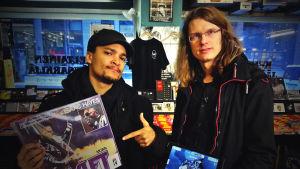 Ari Nykänen esittelee Lume Gamesin Hidden Heroes -peliä, jolla voi vallata eri tuotteiden virtuaalivaltakuntia. Stradan Joonatan valloitti Shaft-levyn.